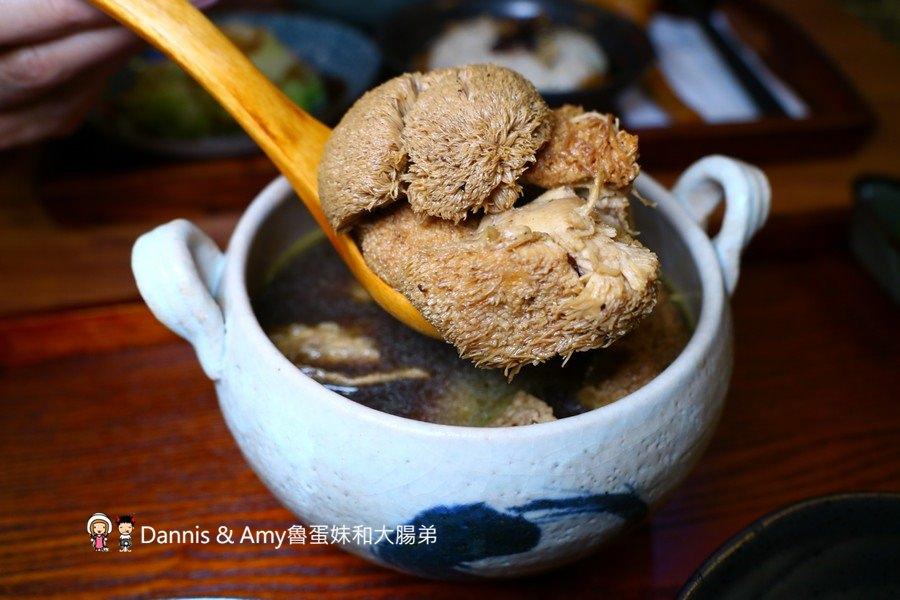 《市區餐廳》新竹四君子養生膳食。每天現熬湯頭。人蔘雞湯。麻油雞。猴頭菇。五穀飯 ︱