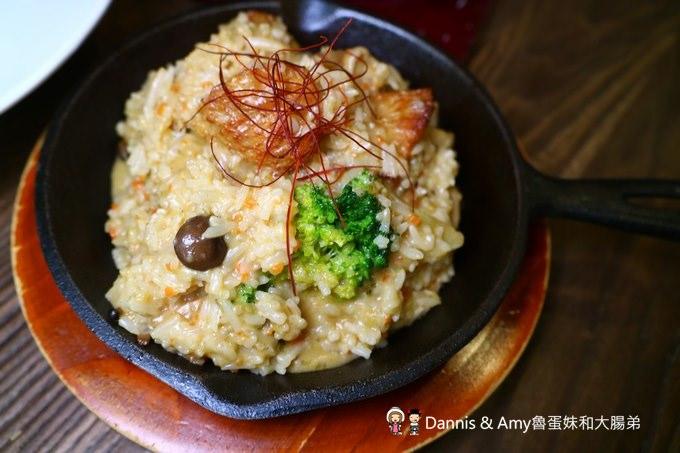 《新竹美食》湘林義式廚坊。咖哩猴頭菇燉飯(素食可吃)。焗烤奶油海鮮尖管麵︱新竹文化中心演藝廳附近餐廳( 影片)